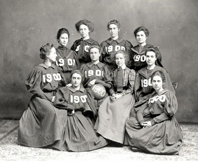 d5d50e7635ad21e5686b8534dfb3f31b--basketball-photos-womens-basketball