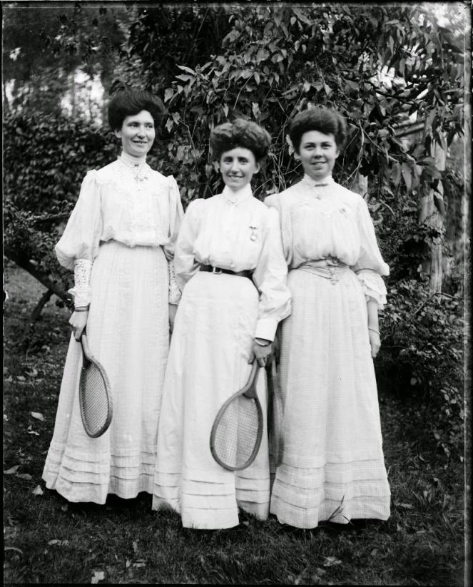 Vintage-Tennis-Style-2