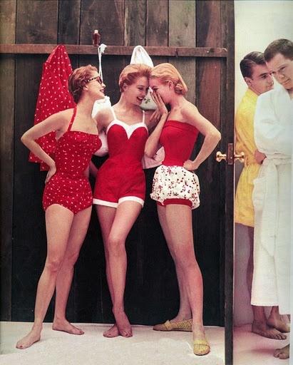 4a014e58b7cfe13a57db6f3fb88addf7--vintage-bathing-suits-vintage-swimsuits