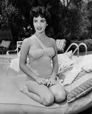 Elizabeth Taylor in Bathing Suits in the 1940s-50s (8)