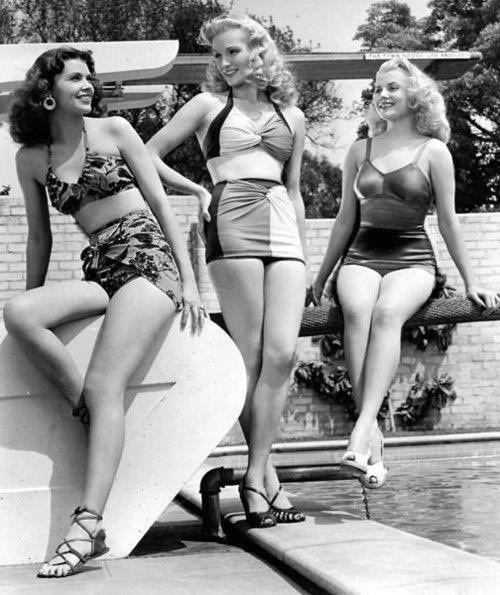 fddb4f78c54934ec3d5aaad943afa2bd--vintage-swimsuits-vintage-bathing-suits