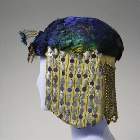 aaf51afaecef08285cace2552bbd893f--vintage-hats-headdress