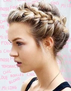 d5801c8b4dda8fd668f1eb9ab47155fc--crown-braids-messy-braids