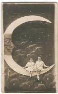 0dfa4b1d59ce21956cdc07cce38cb886--moon-photography-vintage-photography