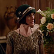145c6141680c4e075240060aaeee8043--downton-abbey-fashion-lady-mary