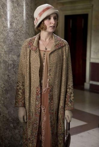 182c04012a4c2e04bb6a54dad104c5a2--downton-abbey-costumes-downton-abbey-fashion