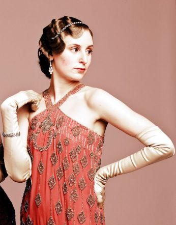 189bbb120d5af4ab422ef2340389bfc2--edith-crawley-downton-abbey-costumes