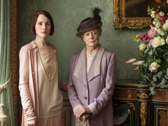 41-Downton-Abbey-Carnival-Films