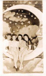 46404ae776391513e76bc6d9e00dd6c9--vintage-moon-vintage-paper
