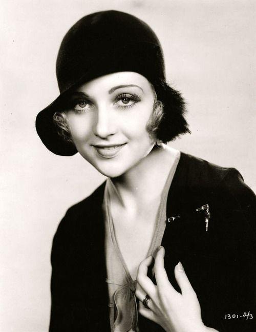 f5c2f6bc46e2ac4eda86e82dae833425--classic-hats-vintage-hollywood