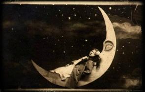 vintage-paper-moon-postcard
