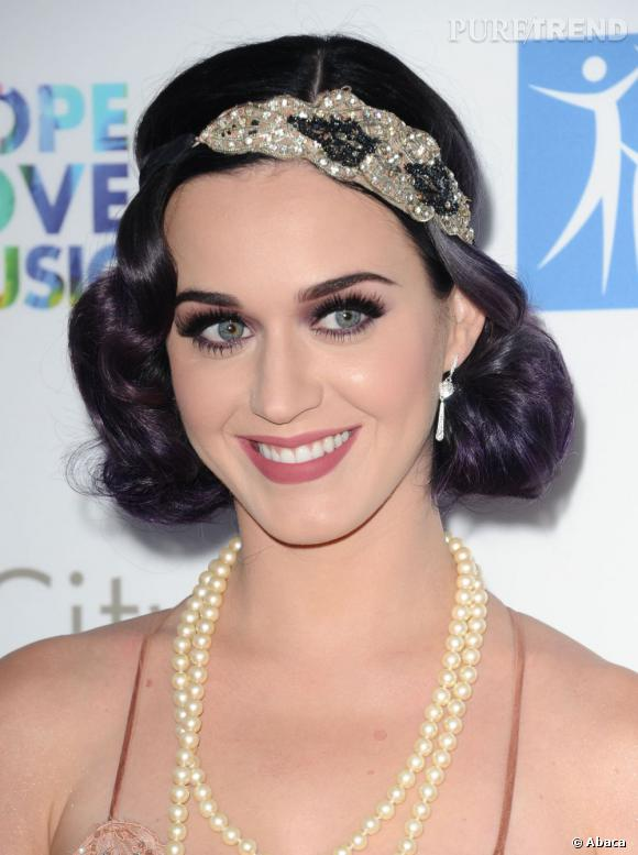800537-katy-perry-rend-hommage-aux-annees-580x0-1