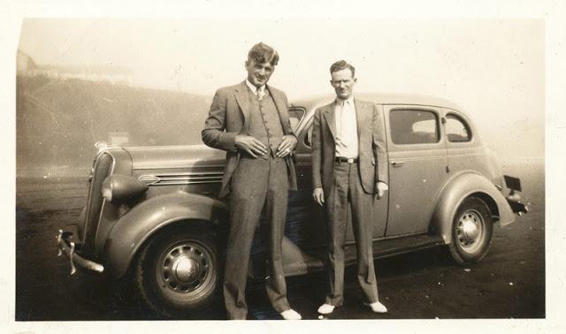 Street Gentlemen in the 1930s (13)