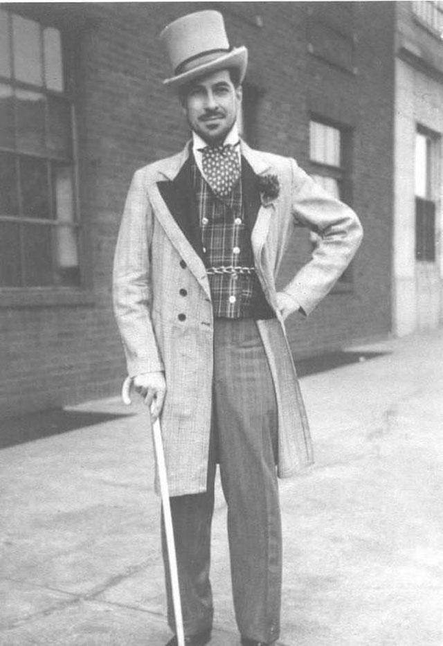 Street Gentlemen in the 1930s (2)