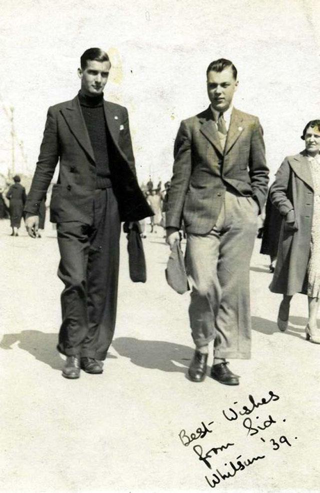 Street Gentlemen in the 1930s (4)